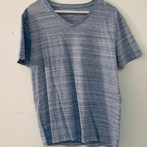 Banana Republic V-neck tee